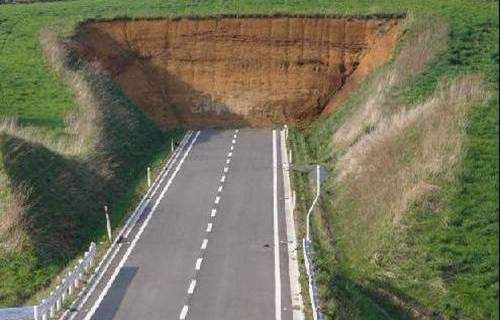 A road with unexpected ending