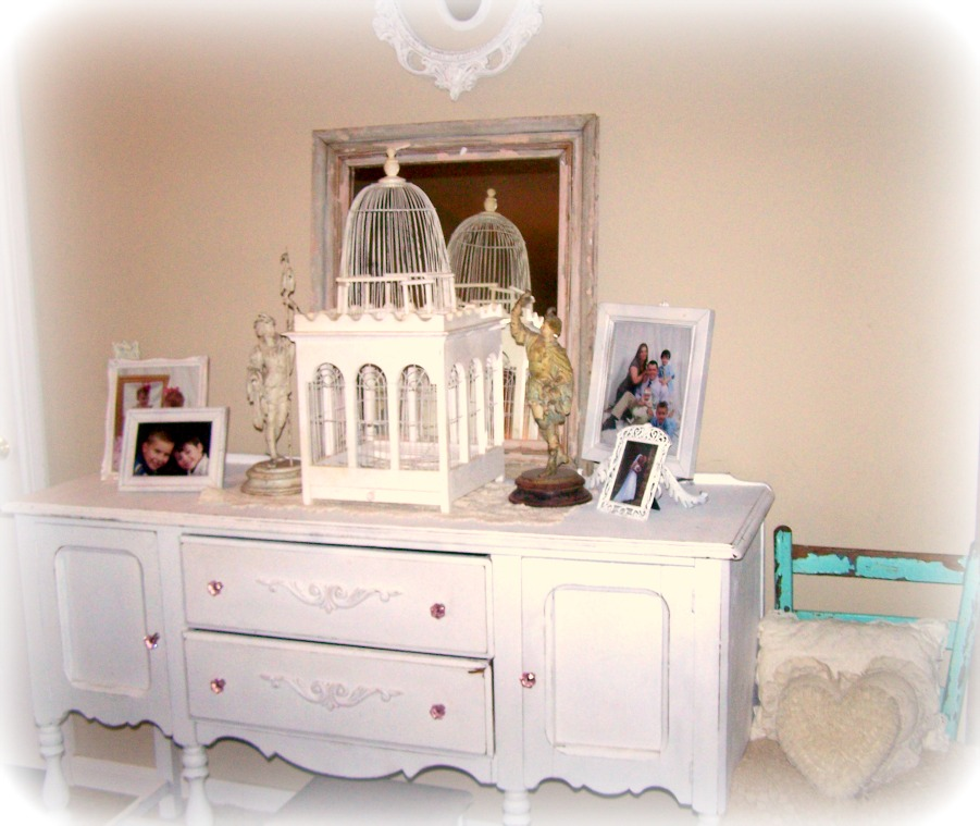 Olivia's Romantic Home: Shabby Cottage Chic