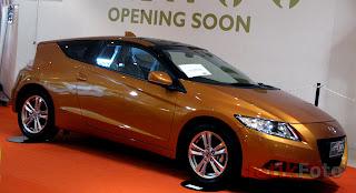 LUXURY hybrid SPORTCAR Honda CR-Z REVIEW
