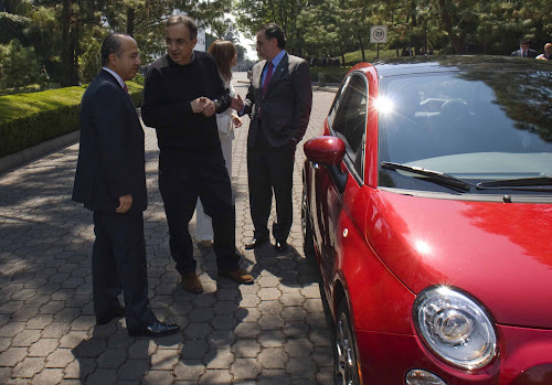 Mexican President Calderon with Chrysler Execs and Laura Soave