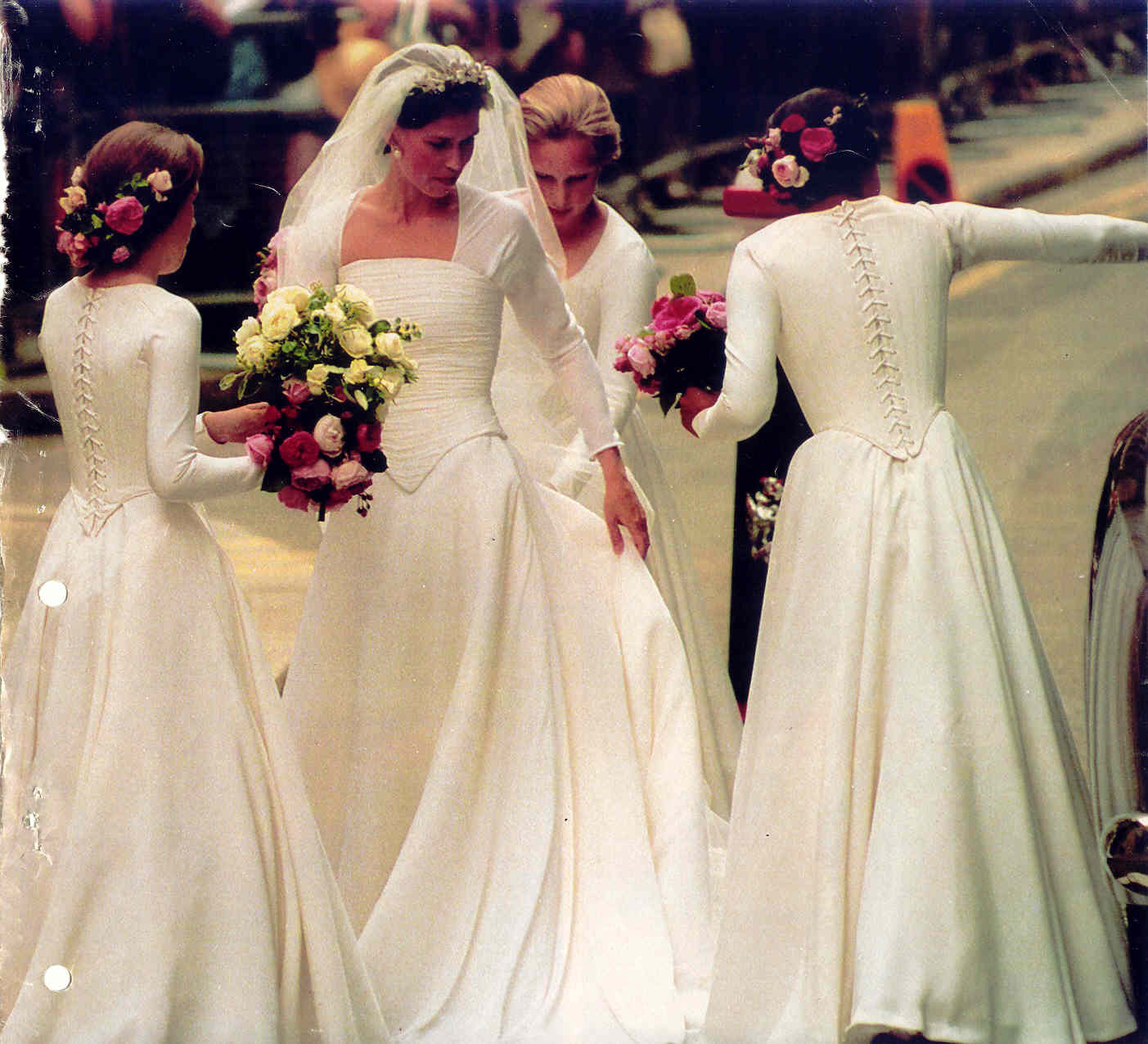 Nicoles world royal wedding dresses in 1994 lady sarah made a very modern bride in jasper conran ombrellifo Gallery