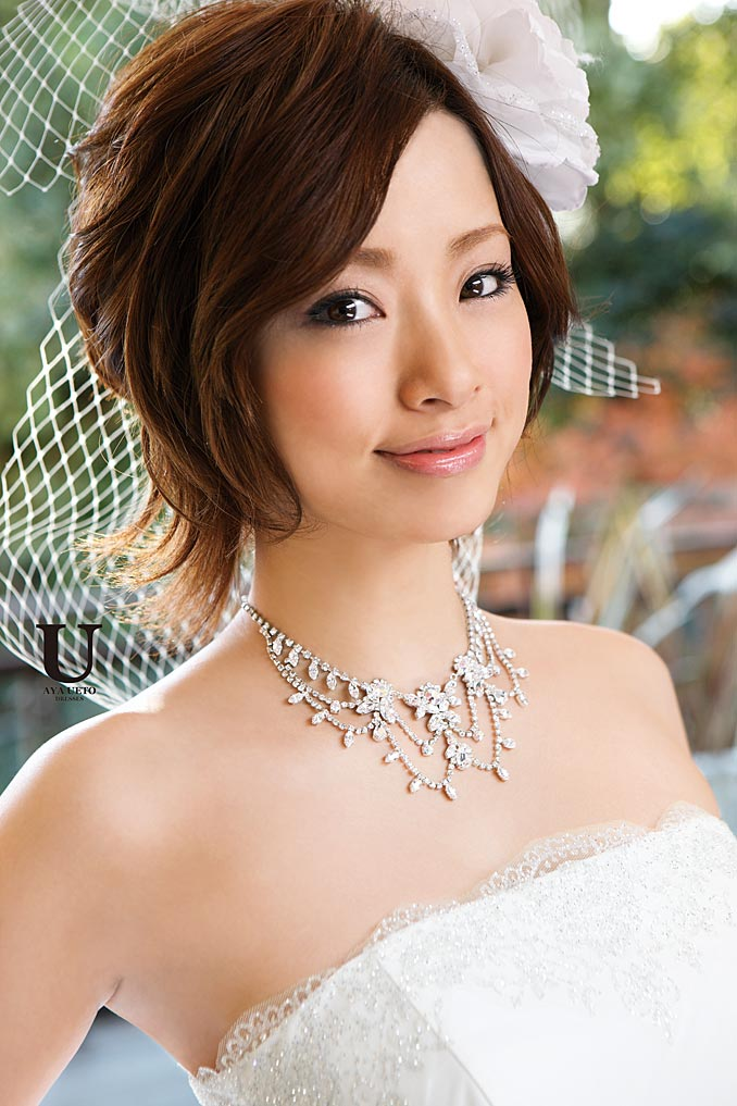 ekiBlog.com: Aya Ueto wedding dress collection