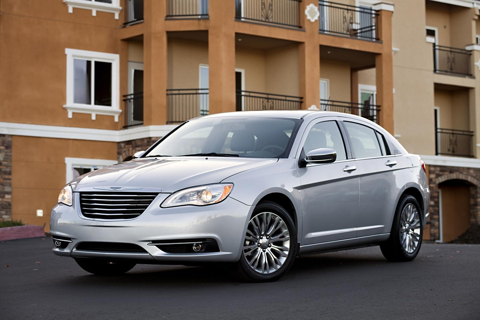 Luxury car Chrysler 200 2011