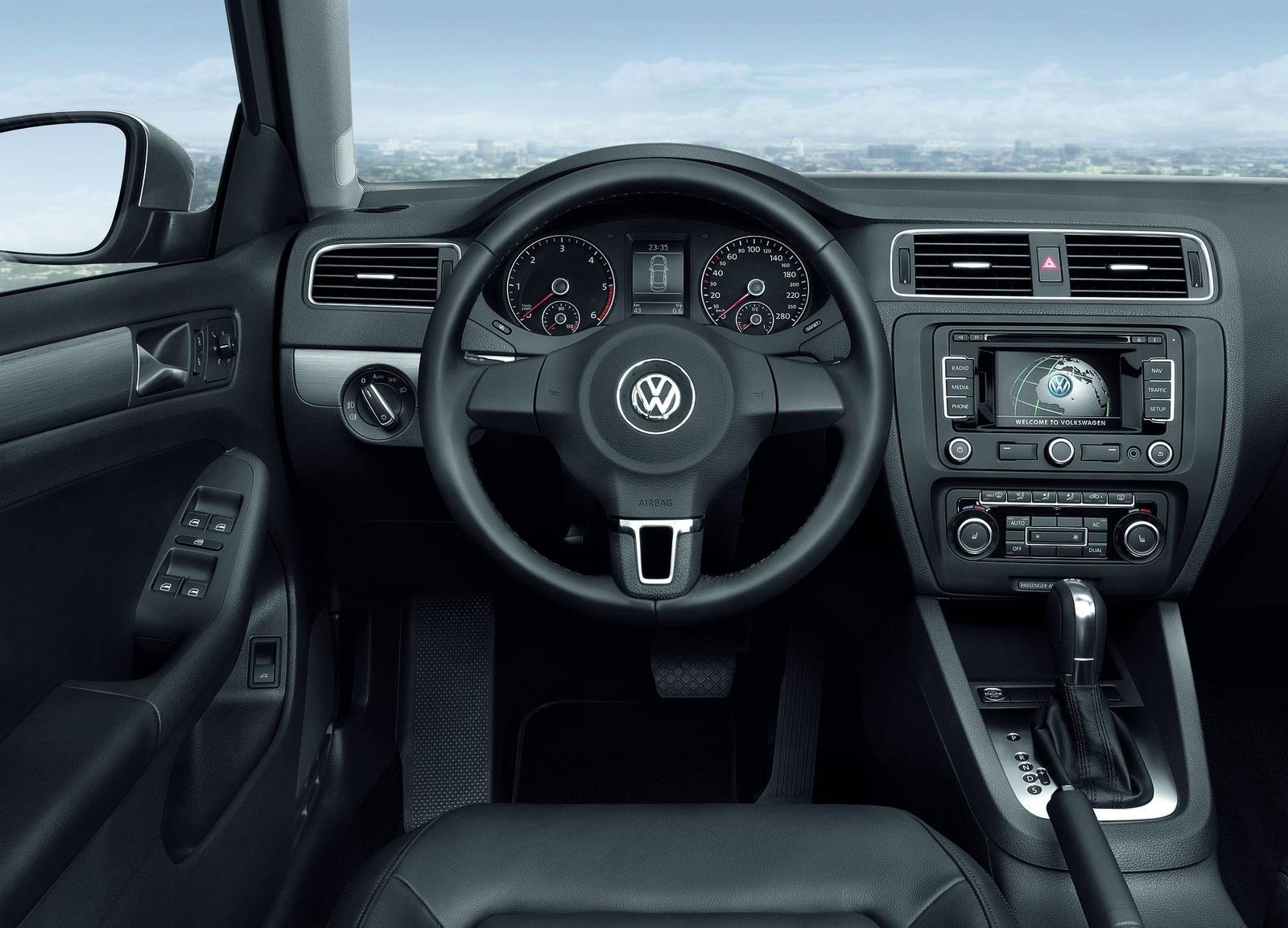 Motor Mania Buzz: Photo Gallery: 2011 Volkswagen Jetta