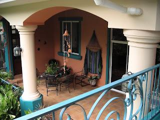 La Gringa's terraza, La Ceiba, Honduras