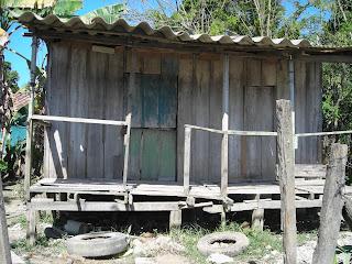 wooden house, El Porvenir, Honduras