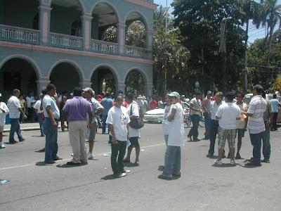 pro-Zelaya protesters in La Ceiba, Honduras