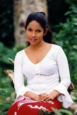 [Srilanka_+Actress_Thesara_Jayawardane9.jpg]