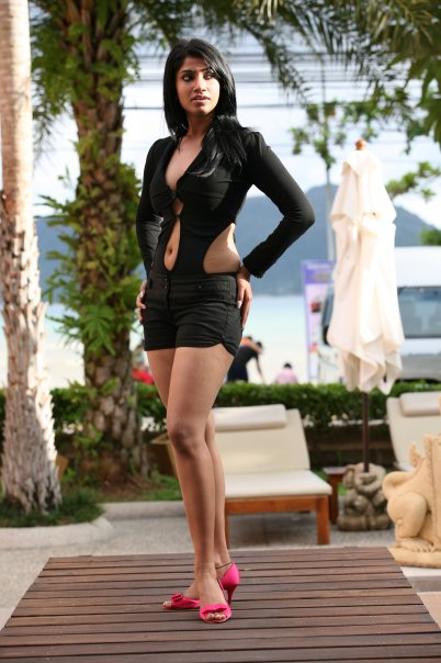[SriLankan_sexy_Tamil_Actress_Aksha_Sudari1.jpg]
