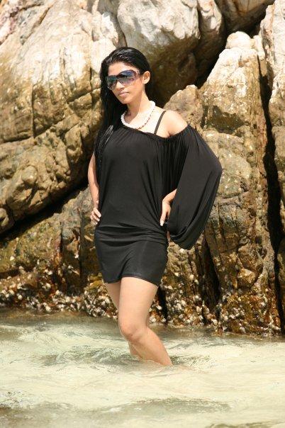 [SriLankan_sexy_Tamil_Actress_Aksha_Sudari5.jpg]