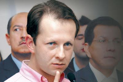 andres felipe arias profugo justicia ministro corrupto gobierno uribe blog bogota