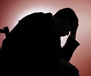 آثار الذنوب والمعاصى نفسك وعلى divers-depression_21