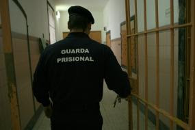 guarda prisional: