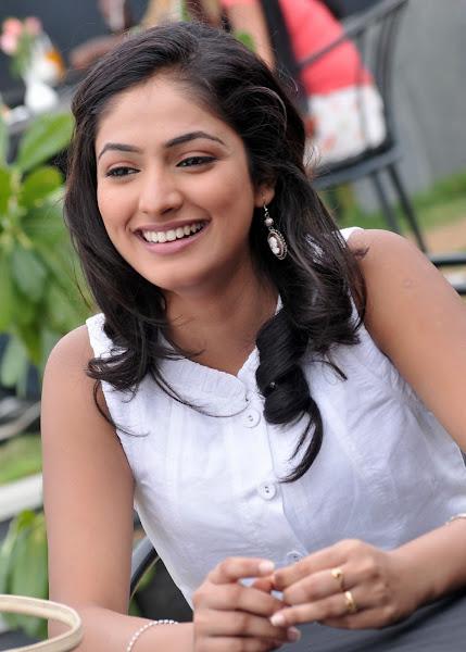 'Hari Priya' Cute Photo Shoot unseen pics