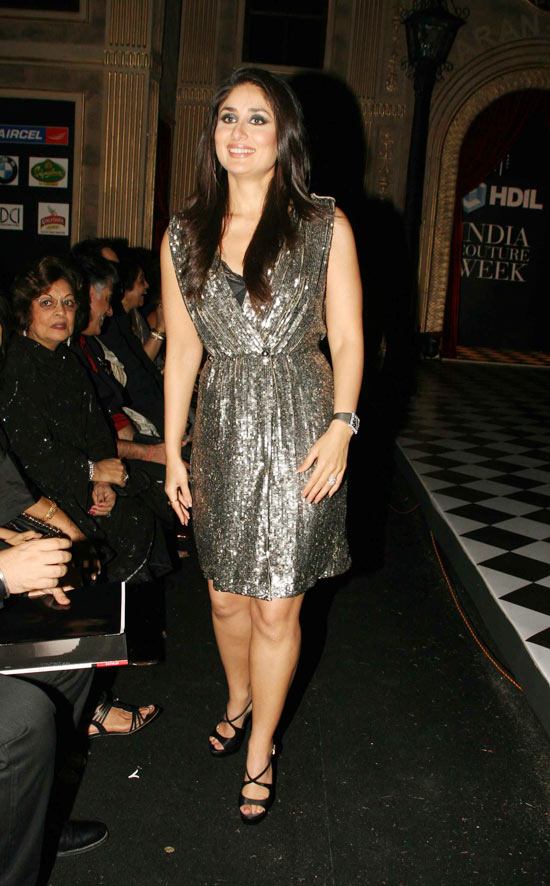 kareena kapoor at hdil hot images