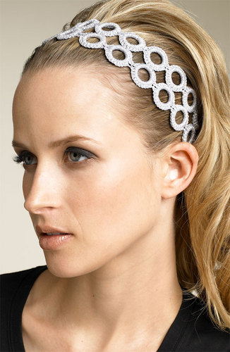 Bridal headbands and Wedding headbands are the hottest hair accessory this