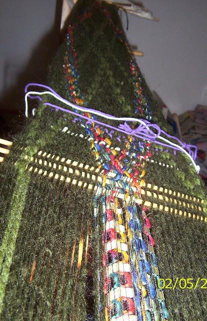 Chalina ( scarf). urdido ( the warp)