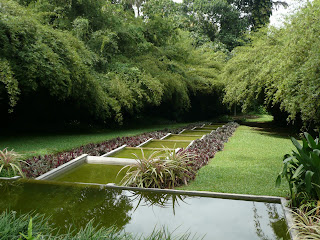 Thoughts from the edge, Design Eden: Brief Garden - Bevis Bawa ...