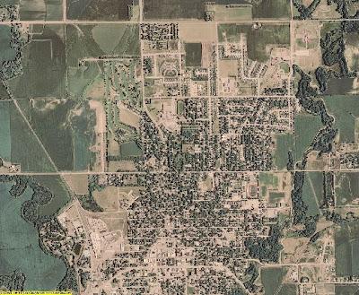 An aerial photograph of Seward, Nebraska. The image was taken from http://cgi.ebay.com/AERIAL-PHOTO-CD-Seward-County-Nebraska-2006-NE-Map-GIS_W0QQitemZ270366778813QQcmdZViewItemQQimsxZ20090331?IMSfp=TL0903311510002r20827#ebayphotohosting.