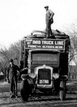 A truck belonging to a business of George Imig in 1927. The photo was taken from http://www.stipak.com/hageman/williambrown/RR01/RR01_011A.HTM#P4114mem