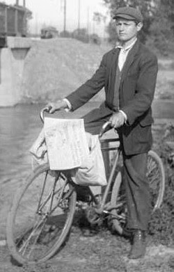 Paper boy with paperbags over bicycle handlebars. Image taken from http://scienceblogs.com/chaoticutopia/2006/07/lillybridge_iii_final_page_of.php