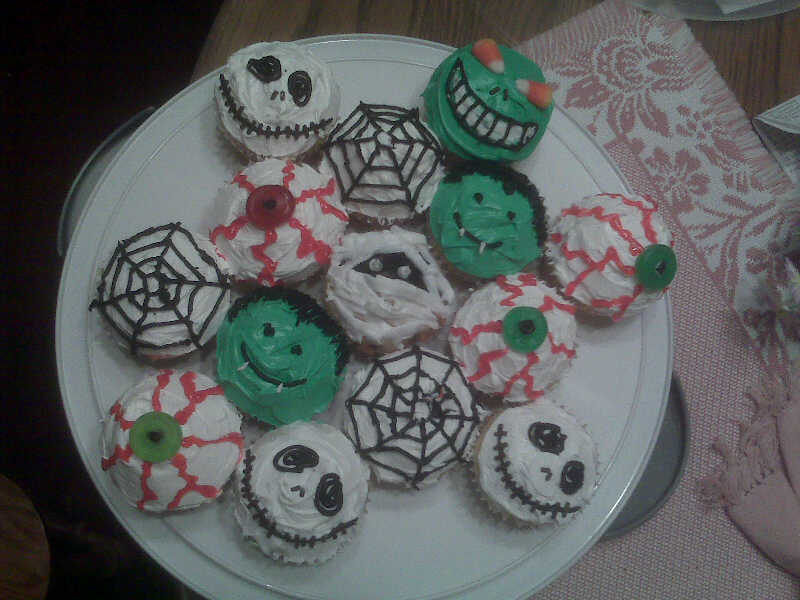 [halloween+cupcakes]