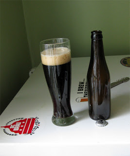 A glass of Munich Porter