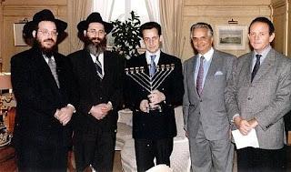 Sarkozy avec le chandelier à 7 branches