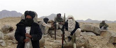 talibans sur un piton