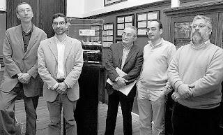 De izquierda a derecha, Svante Pääbo, Antonio Rosas, Javier Fortea, Carles Lalueza y Marco de la Rasilla