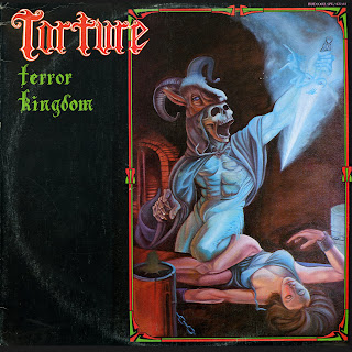 http://2.bp.blogspot.com/_7WL8YT7JOT0/S6pVWykSI3I/AAAAAAAAGZg/DhpbIH3eIPs/s320/torture+cover+b.jpg