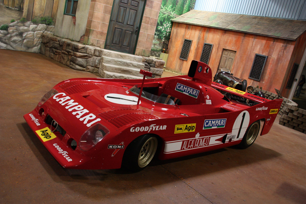 http://2.bp.blogspot.com/_7WjdgUqNa9U/TF62NS5kXJI/AAAAAAAAAkY/W2HzRQYkJGk/s1600/1975+Alfa+Romeo+33+TT+12.jpg