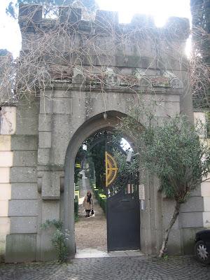 La nave de los locos el cementerio de los ingleses en roma - Como son los ingleses ...