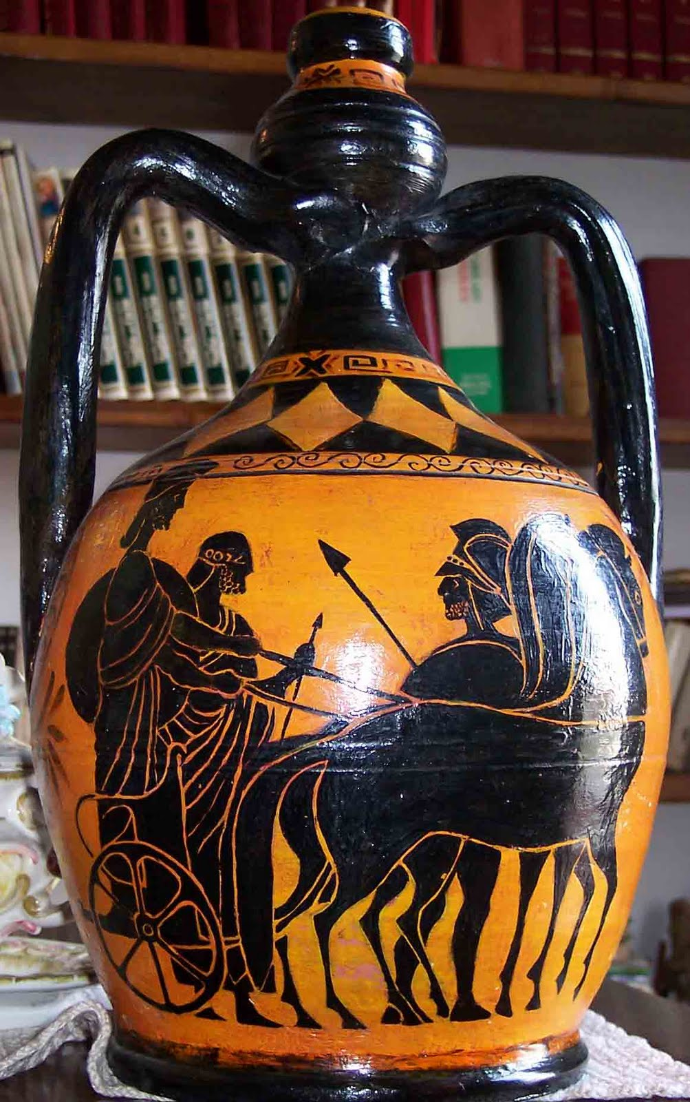 Vaso greco 28 images vaso greco antico achille lega for Vaso greco antico