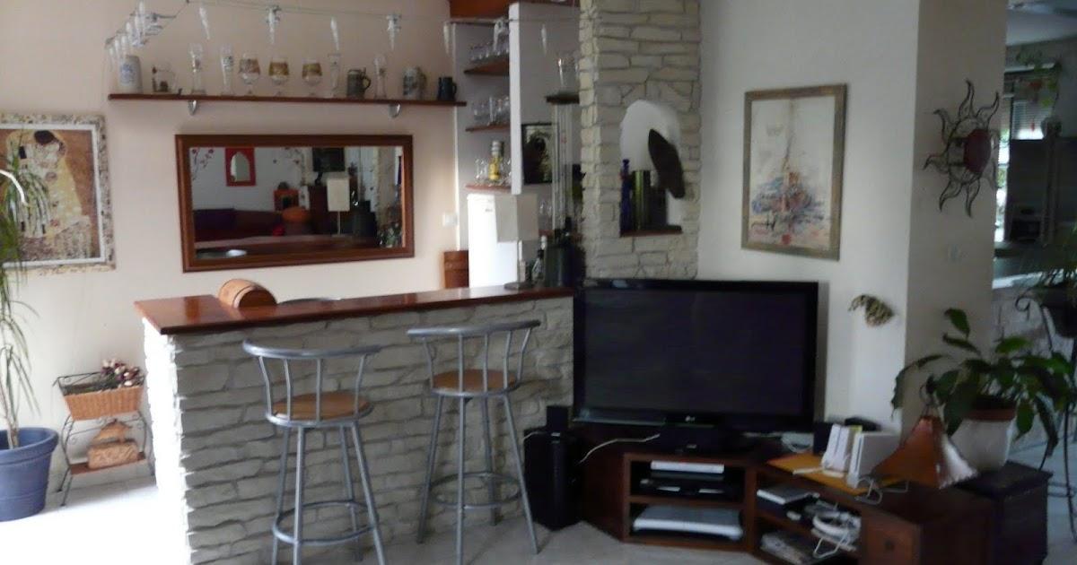 maison en pierre avec piscine sur 1900 m2 de terrain arbor. Black Bedroom Furniture Sets. Home Design Ideas