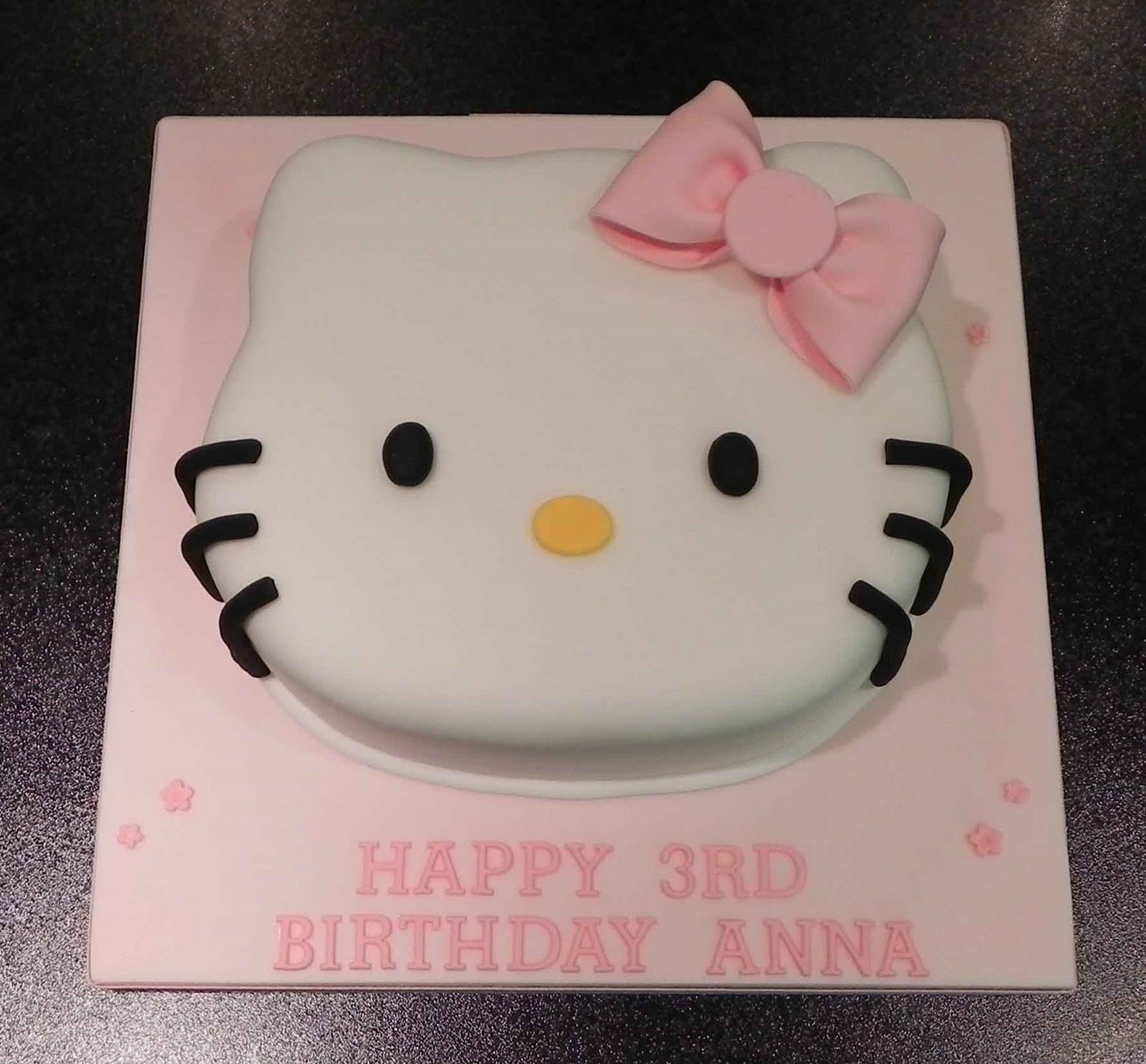 Cake by Lisa Price: Hello Kitty cake