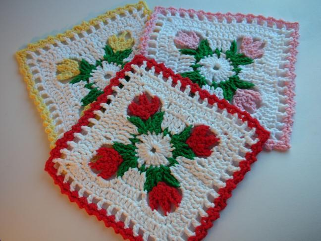 Whiskers & Wool: Tulip Dishcloth Crochet Pattern - FREE