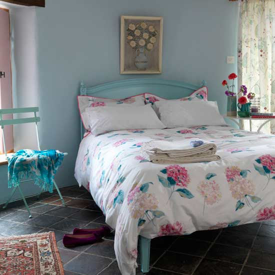 Vintage Rose Studio 3 Country Styled Bedrooms