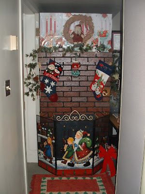 Office Door Decorating Contest Ideas http://nettie081949.blogspot.com/2008_12_01_archive.html