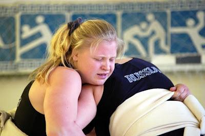 Bayan Sumo Güreşcileri