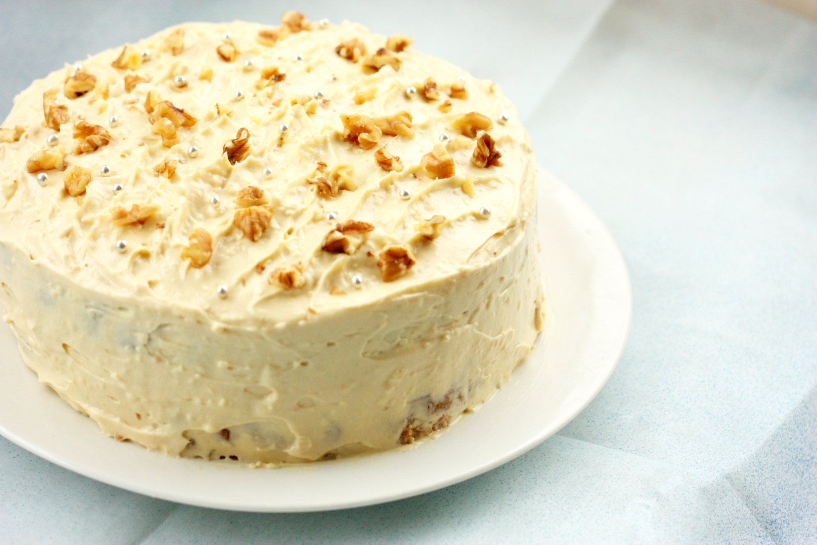 Ottolenghi S Apple Cake With Maple Cream Cheese