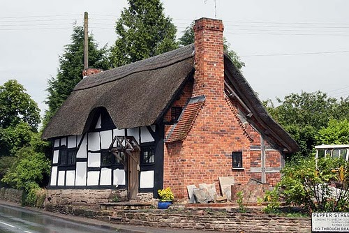 Glorious Twelfth Making An Authentic Tudor Thatched Or