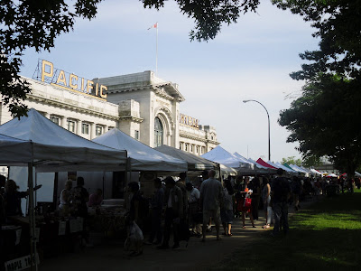 Main Street Farmers Market at Thornton Park, just in front of Central Station / Via Rail, Vancouver, BC (2009)