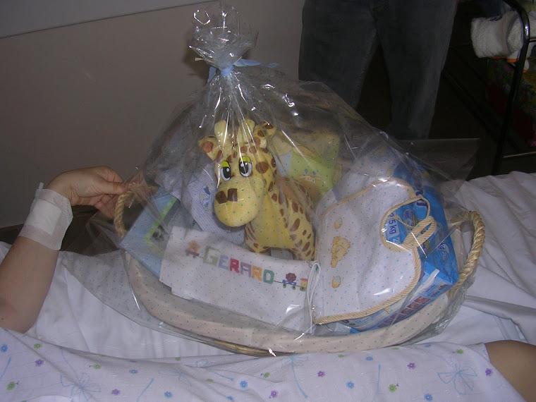MI primera canastilla de bebe