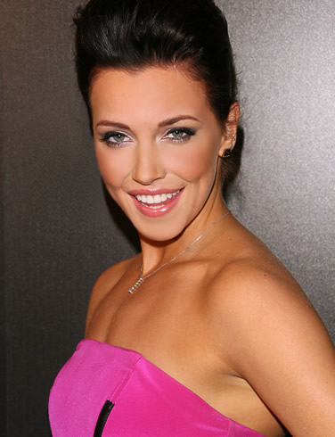 Katie Cassidy is an American actress who has performed in The CW TV series ...