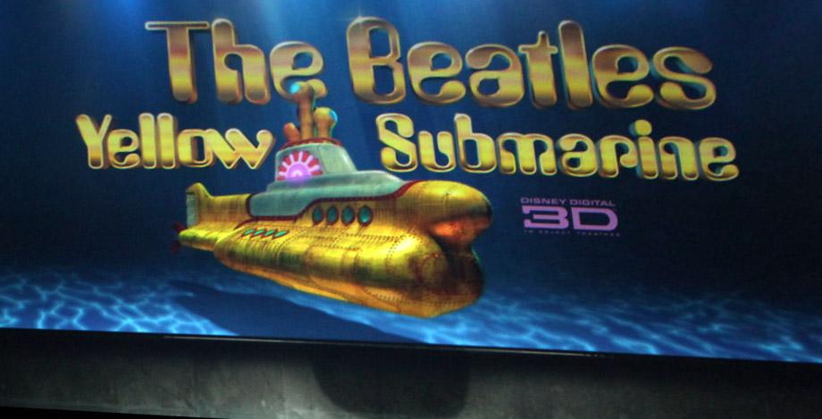 [Yellow+Submarine+3D.jpg]