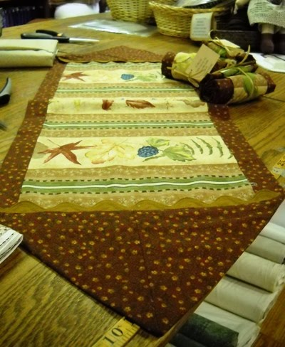 Little quilts blog so much to share so little time for 10 min table runner