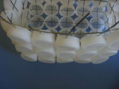 Как сделать корзинку из пластиковых крышек