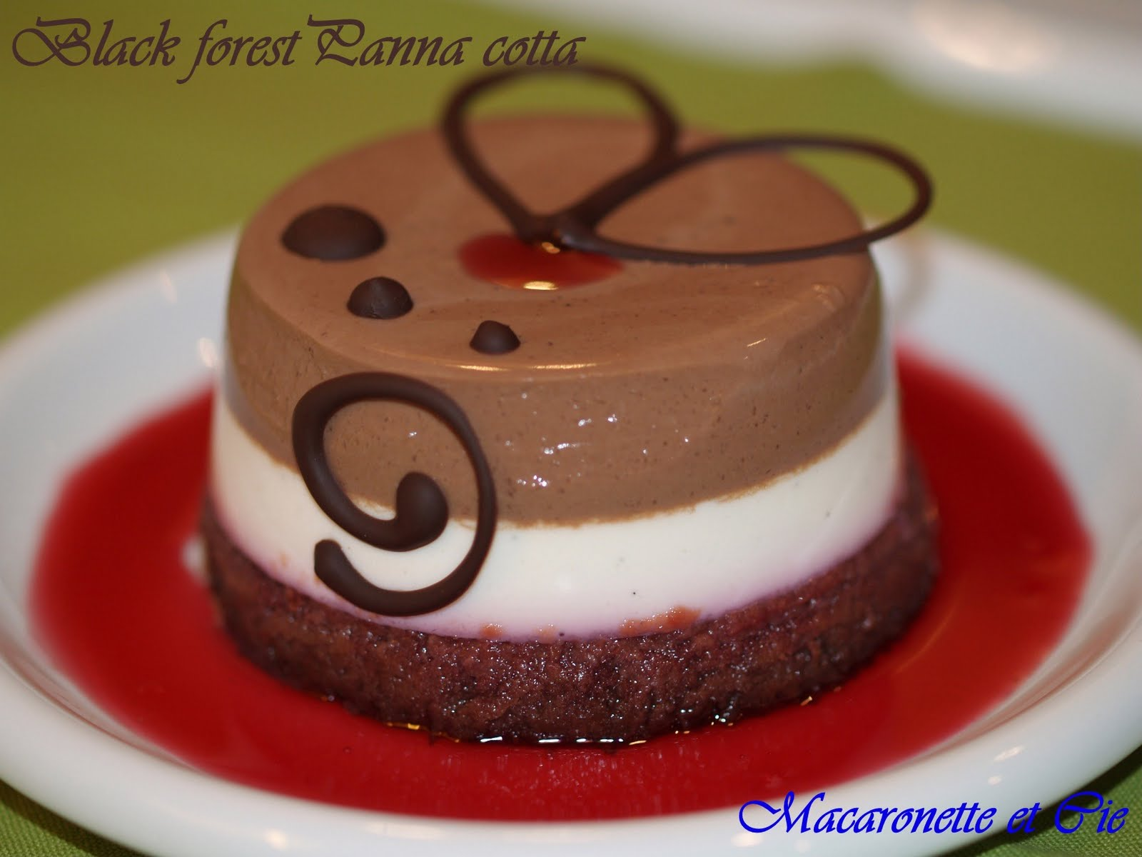 Macaronette et Cie (the English Version): Black forest panna cotta