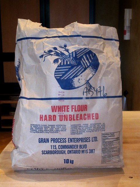 how many cups are in a bag of flour